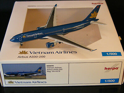 """Vietnam Airlines Airbus A330-200 """"VN-A378"""" Herpa 523370 1:500 NG"""