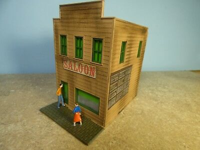 """HO  Vintage """"Town"""" SALOON    (Weathered & Detailed)"""