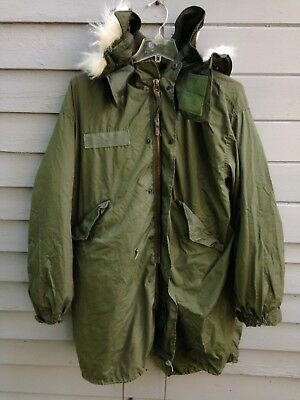 Vtg 1980's Extreme Cold Weather Us Army Parka W/liner & Hood,mens Large,military