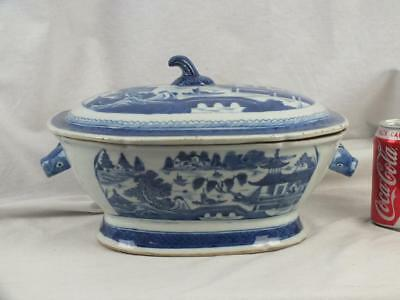 Very Large 18Th C Chinese Blue & White Rabbit Head Handles Tureen And Cover