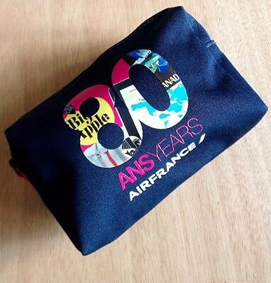 AIR FRANCE 80 YEARS/ANS Amenity Kit Travel Bag -Blue with Pink Pull- (Bag Only)