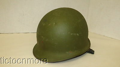 WWII US ARMY SOLDIER'S M-1 COMBAT HELMET w/ LINER & CHINSTRAP