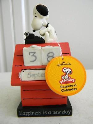 """New Old Stock 1980's Snoopy Beagle """"Peanuts"""" on Dog House Perpetual Calendar"""