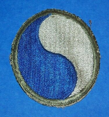 ORIGINAL CUT-EDGE WW2 29th INFANTRY DIVISION PATCH OFF UNIFORM