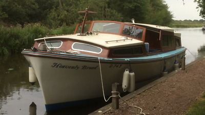 35ft Broads Cruiser 1968 Built By Ernest Collins Wroxham Norfolk(Heavenly Broad)