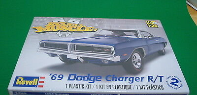 Dodge 1969 Charger R/T 1:25 scale Revell Model Kit HOBBY TIME MODEL SHOP