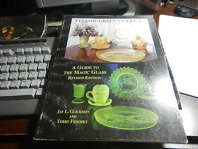 Antique reference Book Yellow Green Vaseline Guide to Magic Glass revised ed