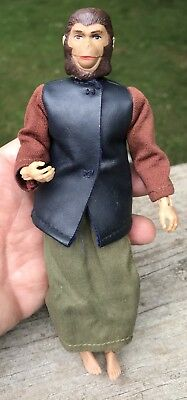 Vintage 1972 Mego Planet Of The Apes Zira Action Figure