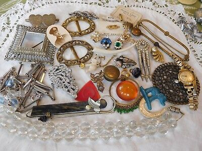 Lovely Mixed Collection of Art Deco Jewellery some good some spares etc