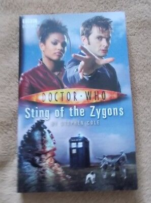 Doctor Who Paperback Book - Sting of the Zygons - Stephen Cole - New