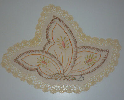 Beautiful Linen Hand Embroidered Butterfly Doily Crocheted Edge  Sz 23 X 30 Cm