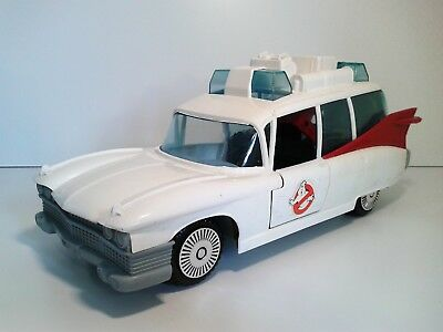 The Real Ghostbusters Einsatzfahrzeug - Ecto-1A, Kenner Columbia Pictures TOP!!!