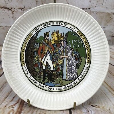 "Wedgwood 1972 Children's Story 6"" Plate The Tinder Box Hans Christian Anderson"