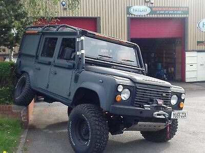 Land Rover Defender 110 TD5 ULTIMATE OFF ROAD EXPEDITION VEHICLE