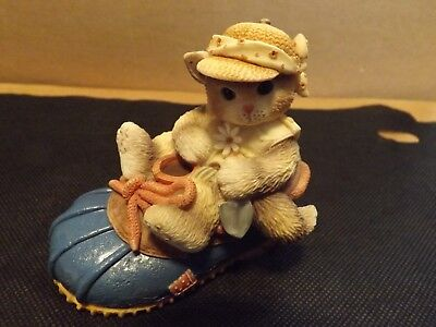 Calico Kittens You're Good For My Sole Figurine By Enesco Excellent Condition