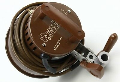 """Speedotron M11 Universal Light Unit 1200WS with 7"""" Reflector Brown Line 373744"""