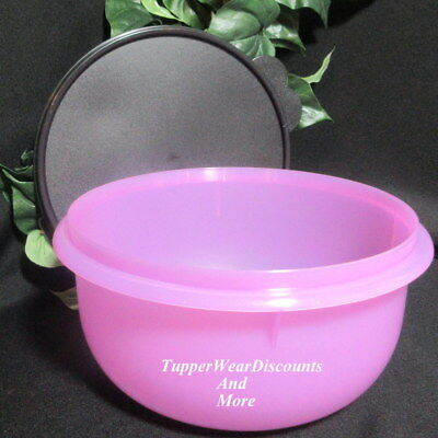 Tupperware New Classic Flat Bottom Lavender Purple 12 Cup Mixing Bowl Black Seal