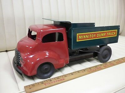 1950s MINNITOY (Otaco) Dump Truck Pressed Steel Toy