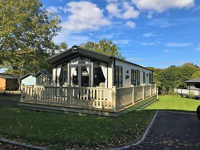 Now SOLD-STATIC HOLIDAY HOME LODGE FOR SALE, LYMINGTON HAMPSHIRE