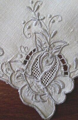 """set of 4 antique linen dinner napkins w great cutwork+embroidery+drawnwk 17"""" sq"""