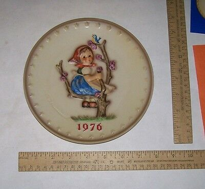 1976 M.I. Hummel ANNUAL PLATE - Hum 269 - Goebel W. Germany 1972 - 6th Edition