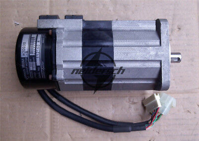 1PCS Used OMRON AC Servo Motor R88M-H30030-B 100W Tested #4