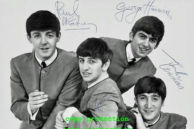 2055 The Beatles, Autogramm Foto, Yello Submarine, Michelle, Yesterday