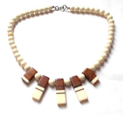 VINTAGE 1950's LAMINATED LUCITE & WOOD WOODEN BEADS CREAM & BROWN NECKLACE