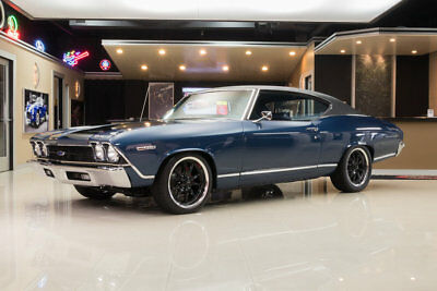 Chevrolet Chevelle Malibu Frame Off Restored! GM 350 Crate V8, TH350 Automatic, PS, PB, 4-Wheel Disc, A/C