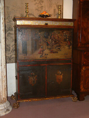 Painted and gilded 17th Century Spanish Walnut Vargueno, Escritoire cabinet.