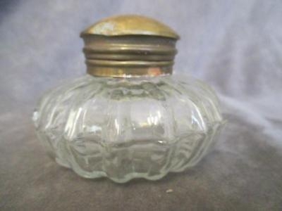 D7 Antique Bulbous Ribbed Inkwell w/ Brass Top