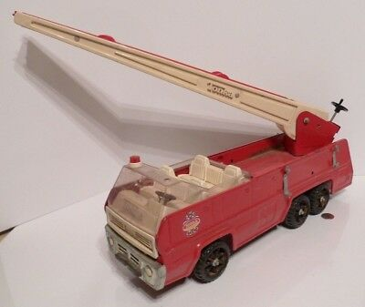 Vintage 1960's~70's TONKA LADDER FIRE TRUCK Pressed Steel #13200 !!!