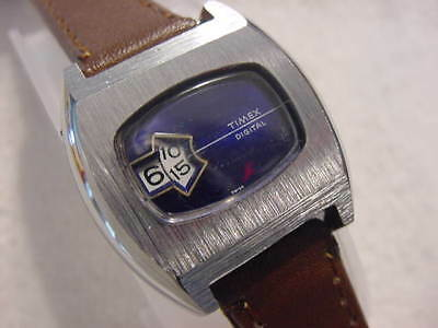 Vintage NOS antique Art Deco / Space Age TIMEX JUMP HOUR mens watch