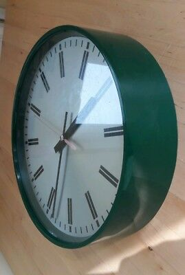 Vintage Smiths 1970s MOD Robert Welch green wall clock - Braidwood Developments