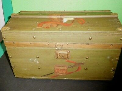 Old Antique Mini Wooden Trunk with Lidded Insert Drawer & Patriotic Painting
