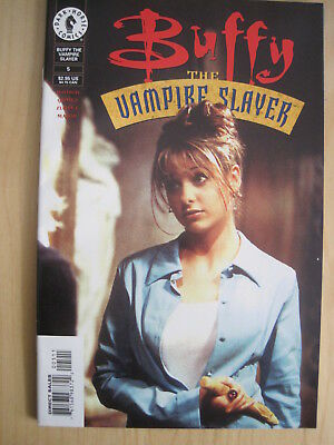 BUFFY issue 5 (1st series) : PHOTO COVER. DARK HORSE, 1999