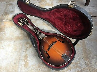 KENTUCKY A-STYLE MANDOLIN, KM-180s WITH OHSC