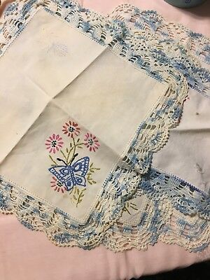 Vintage Linens 5 Pieces Damaged Cutter Lot crafts embroidery  edging  salvage