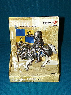 """New! SCHLEICH """"World of Knights"""" FLAG BEARER on HORSE @ Retired 70008"""