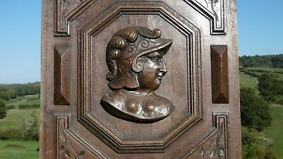 SUPERB 19thc OAK WOOD PANEL WITH RELIEF CARVED SOLDIER TO CENTRE (Rt facing)
