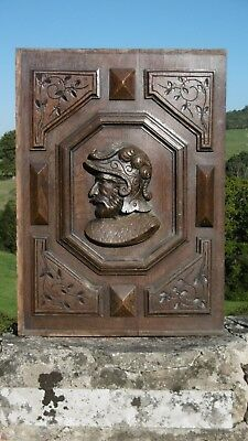 SUPERB 19thc OAK WOOD PANEL WITH RELIEF CARVED SOLDIER TO CENTRE (Lt facing)