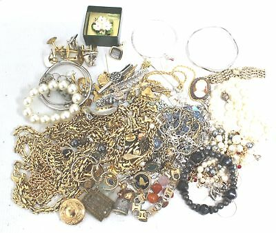 Small Collection of 1kg MIXED COSTUME JEWELLERY Necklaces Bracelets Craft - G01