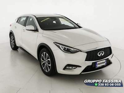 INFINITI Q30 1.5 D 110cv Business AUT.