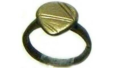 AD400 Roman Thrace Teardrop Shape Zig-Zag Lightening Bolt Engraved Ring Size 5