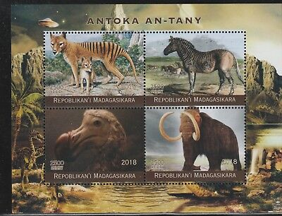 Madagascar 7749 - 2018  EXTINCT ANIMALS   perf sheet of 4 unmounted mint