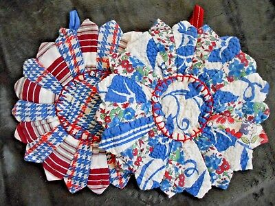 Set of 2 Vintage Hot Pads Feed Sack Fabric Dresden Plate Quilt Pattern ExUCondit