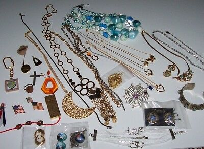 Mixed Lot 50's-60's Necklaces,Chain Ropes.Earrings (Pairs & Singles)Butane Light