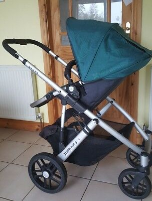 Uppababy Vista 2014 with Bassinet and Toddler seat.