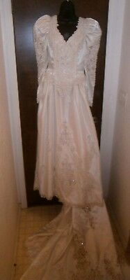 Halloween Costume Vintage 80's Wedding Dress Size 10 Loaded Pearls Train Bow ++