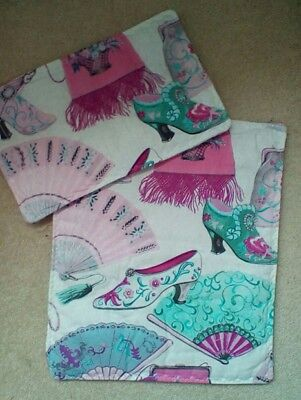 """DOLLS PRAM COT QUILT SET 12"""" x 10"""". WHITE WITH SHOES FANS BAGS & SCARVES NEW"""